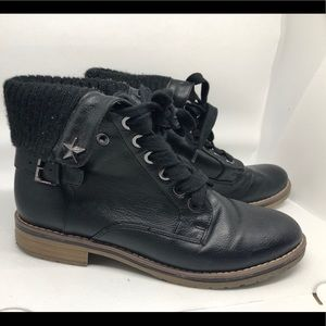 Tommy Hilfigure black boots 7 1/2